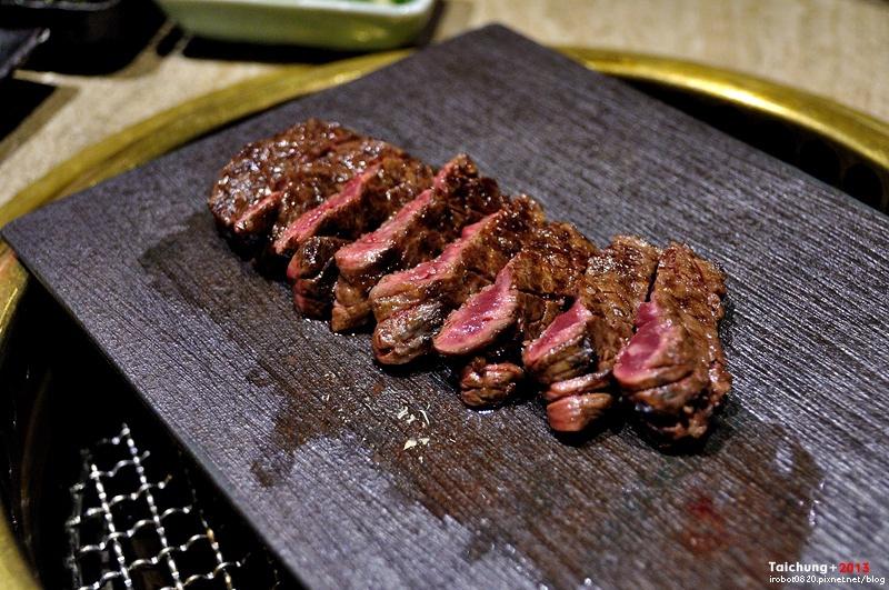 老乾杯-澳洲和牛燒肉-15食材沙拉-鮭魚-台中 (19).JPG