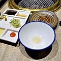 老乾杯-澳洲和牛燒肉-15食材沙拉-鮭魚-台中 (25).JPG