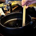 台北-乾杯黑毛屋-澳洲和牛鍋物-六白黑毛豬-黑羽土雞-水炊鍋-涮涮鍋-壽喜燒 (10).JPG