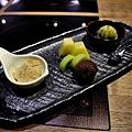 台北-乾杯黑毛屋-澳洲和牛鍋物-六白黑毛豬-黑羽土雞-水炊鍋-涮涮鍋-壽喜燒 (54).JPG