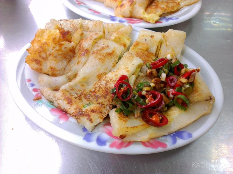四月高雄前鎮高中對面黃媽媽早點早餐蛋餅 (2).jpg