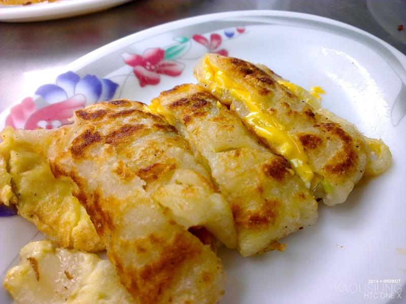 四月高雄前鎮高中對面黃媽媽早點早餐蛋餅 (5).jpg