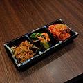 JOH Dining Kitchen-台北-忠孝復興-頂好商圈-大安路-炸和牛肉餅-日本米-烤雞肉串-青唐味增-漢堡排 (3).JPG
