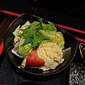 JOH Dining Kitchen-台北-忠孝復興-頂好商圈-大安路-炸和牛肉餅-日本米-烤雞肉串-青唐味增-漢堡排 (11).JPG