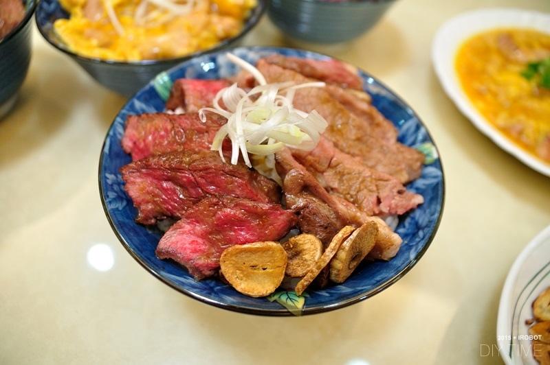牛排丼+親子丼+蘿蔔煮 (4).JPG