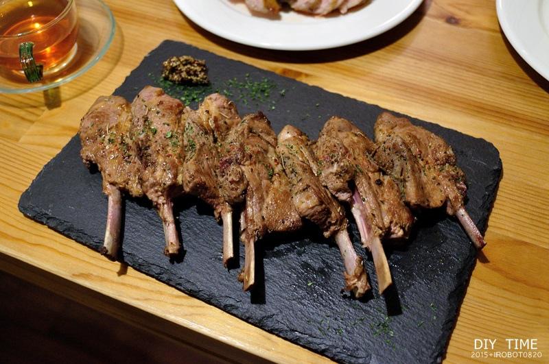 雞蛋三明治+羊排 (5).JPG