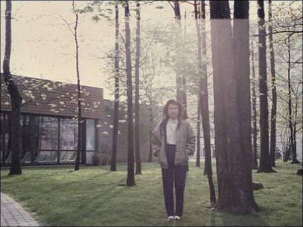 199205-03.jpg