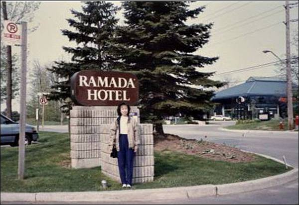 199205-06.jpg