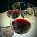 一杯紅酒解千愁