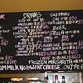 Toasteria_牆上的手寫菜單-2.jpg