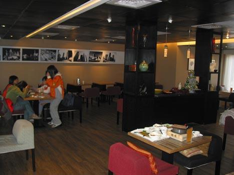 布朗迪-二樓用餐區.jpg