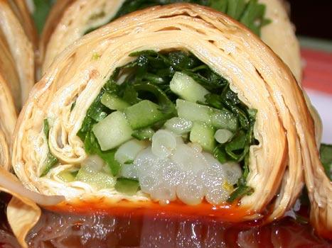 有麵煮-香菜豆腐捲特寫.jpg
