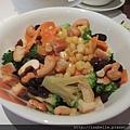美味的高纖蔬菜沙拉