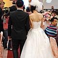 新娘子超級瘦!
