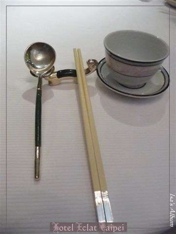 以精品酒店為號召的怡亨,果然連餐具都有講究