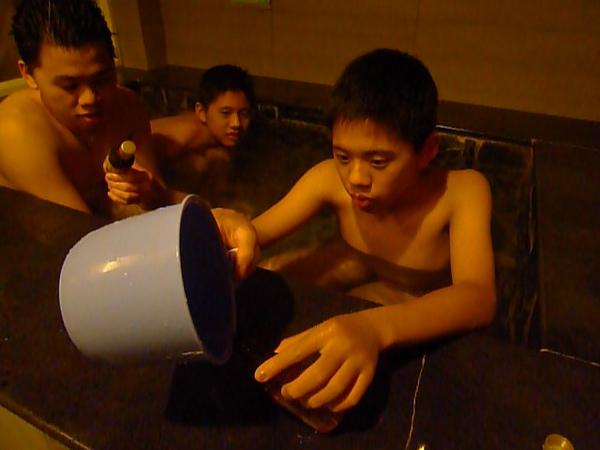 20091231 啤酒入浴劑 (4).JPG