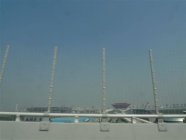 20100310上海的士風景-世博.JPG