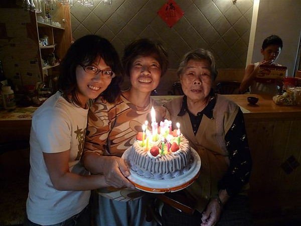 20100320 媽咪慶生 (6).JPG