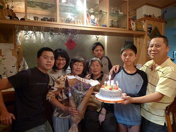 20100320 媽咪慶生 (7).JPG