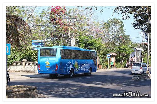 巴里島公車01.jpg