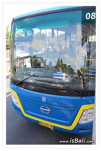 巴里島公車03.jpg