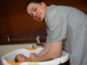 洗澡 1 - 北極熊拔拔幫我洗澡