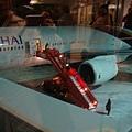 登機梯不能直接連接到機場, 只好走出只有零下十度的奧斯陸機...