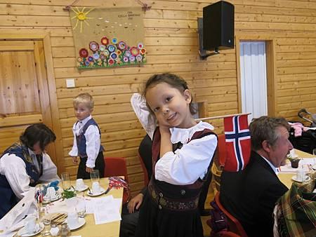 挪威,生日快樂!