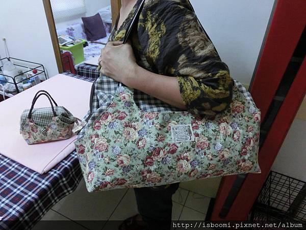 陳媽媽的38cm口金旅行袋