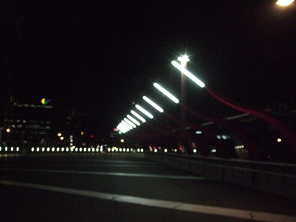4樓出口通到南十字星車站