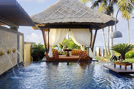 The Strand Villa Private Pool.jpg
