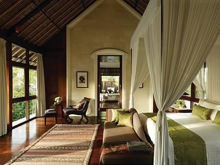 Residence Villa master bedroom