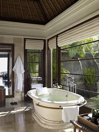 Villa Bathroom.jpg