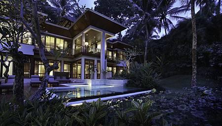 Royal Villa 4.jpg