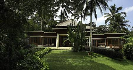 Riverview Two Bedroom Villa 4.jpg