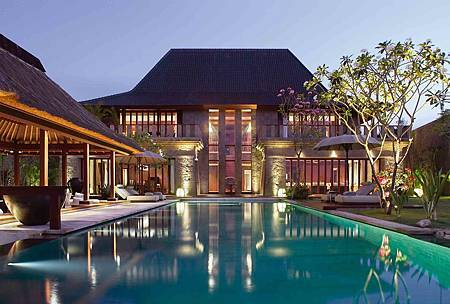Bulgari Villa External View.jpg