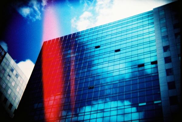大樓與天空.JPG