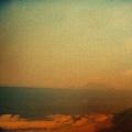 遠眺龜山島...嗚..沒拍起來.JPG