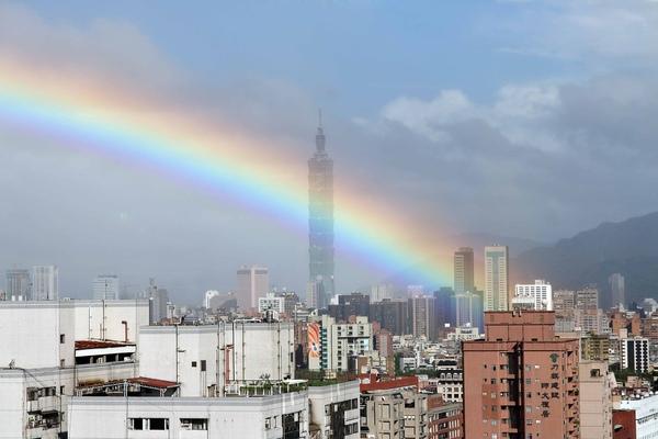 彩虹&Taipei 101.jpg