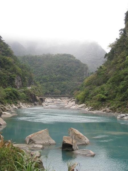溪畔壩3.JPG