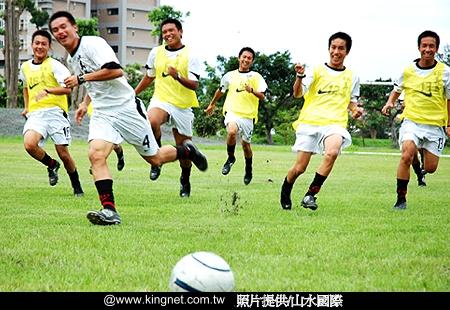 ph11538987191myfootballsummer02.jpg