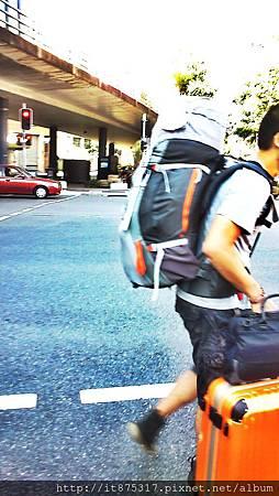 於Brisbane趕路中