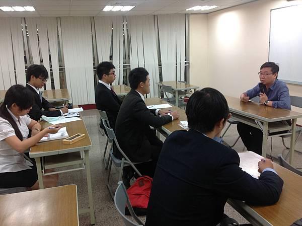 大專生涯發展協會-南部講師培訓團 楊智為老師