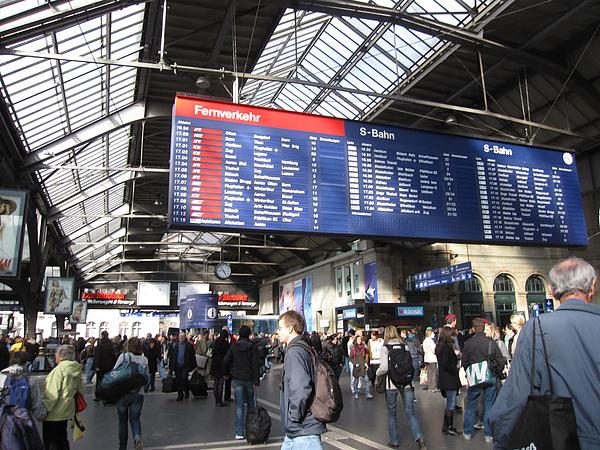 Photo-20100401-瑞士-023火車站.jpg