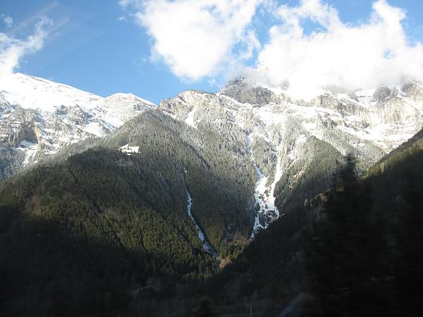 Photo-20100401-瑞士-043到義大利途中風景.jpg