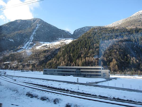 Photo-20100401-瑞士-057到義大利途中風景.jpg