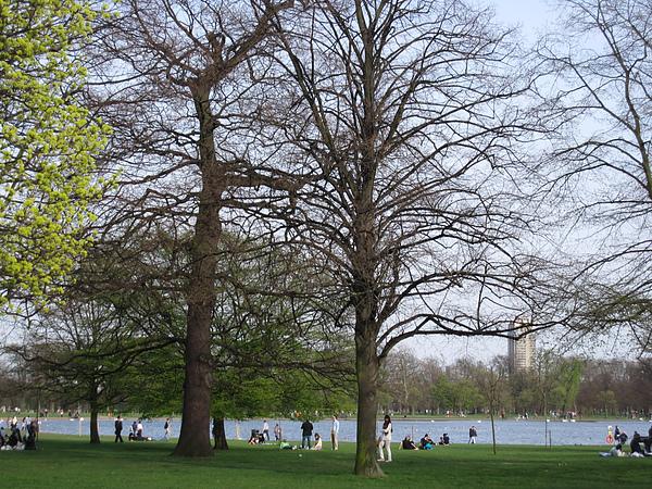 Photo-20100411-020- 海德公園 U.K..jpg