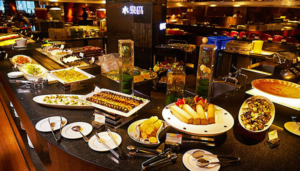 9_漢來海港餐廳_水果餅乾區.jpg