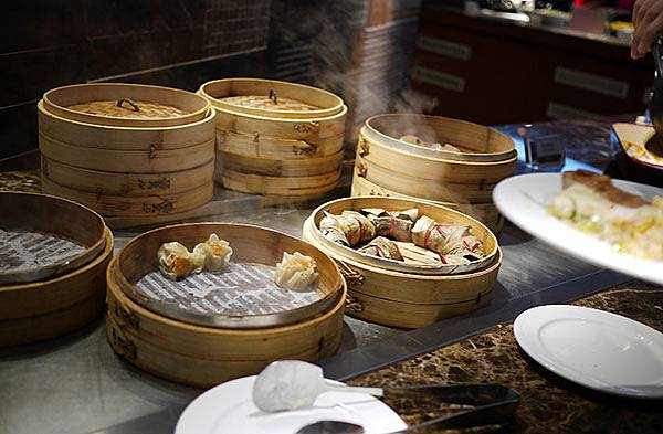 26_漢來海港餐廳_港式點心  燒賣  粽.jpg