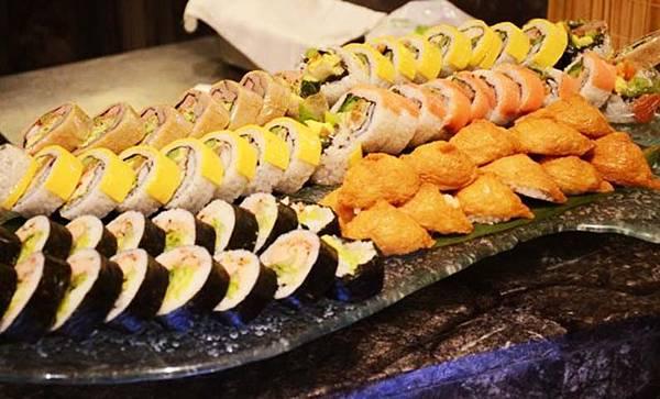 13_高雄麗尊酒店Cercle Buffet & Restaurant 艾可柏菲_壽司.jpg
